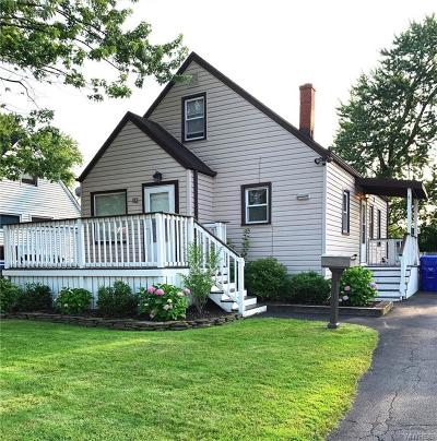West Seneca Single Family Home For Sale: 112 Fremont Avenue