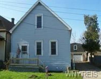 Lackawanna Single Family Home For Sale: 7 Cottage Place