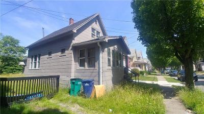 Buffalo Single Family Home For Sale: 182 May Street