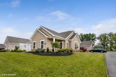 Hamburg Single Family Home For Sale: 5665 Southwestern Blvd. #51c
