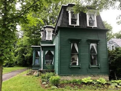 Alden Single Family Home For Sale: 1462 Elm Street