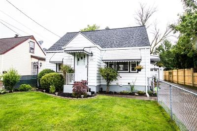 Buffalo Single Family Home For Sale: 409 Skillen Street