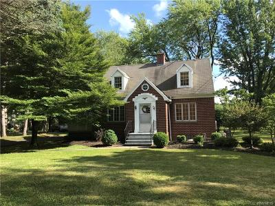 Orchard Park Single Family Home For Sale: 6135 Webster Road