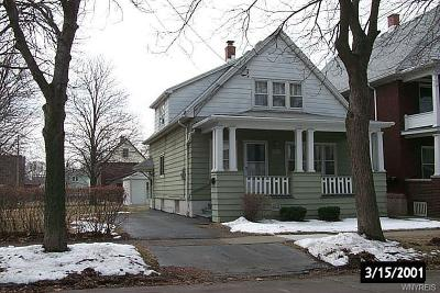 Niagara Falls Single Family Home Pending: 2255 Welch Avenue