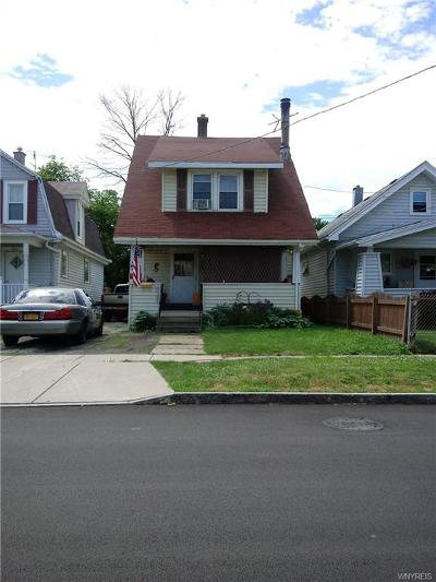 Niagara Falls Single Family Home For Sale: 242 77th Street