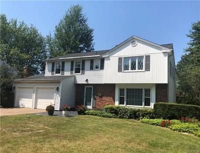 Williamsville Single Family Home For Sale: 72 Andover Lane