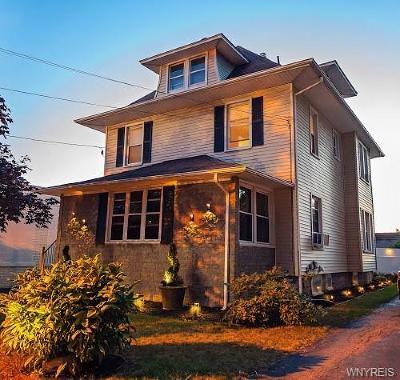 Batavia-City NY Single Family Home For Sale: $194,900