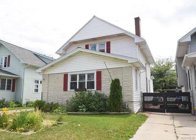 North Buffalo Single Family Home For Sale: 22 Lyndhurst Avenue