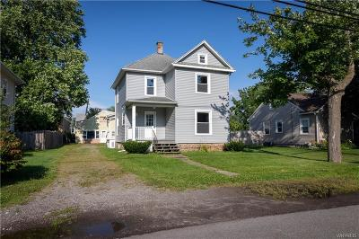 Niagara County Single Family Home For Sale: 2747 West Avenue