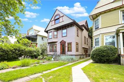 Erie County Single Family Home For Sale: 468 Ferry Circle Richmond