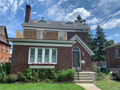Niagara County Single Family Home For Sale: 4411 Lewiston Road