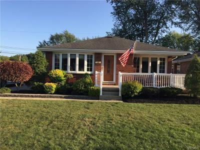 West Seneca Single Family Home For Sale: 34 Arrowhead Drive