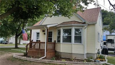 Niagara County Single Family Home Active Under Contract: 382 Ontario Street