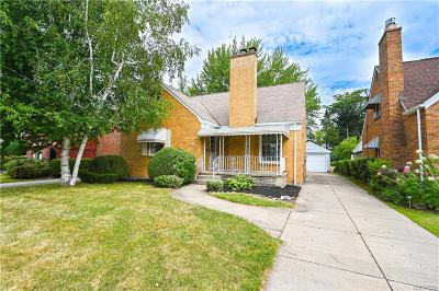 Buffalo Single Family Home For Sale: 106 Treehaven Road