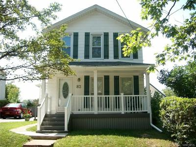 Niagara County Single Family Home For Sale: 82 Minard Street