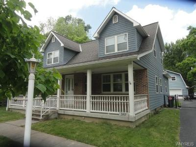Niagara County Single Family Home For Sale: 2413 Niagara Road