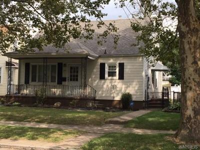 Niagara Falls Single Family Home For Sale: 351 37th Street