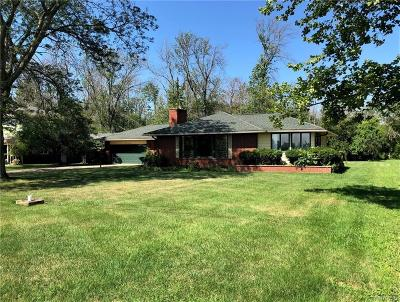 Single Family Home For Sale: 951 W River Road