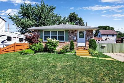West Seneca Single Family Home For Sale: 177 Barnsdale Avenue