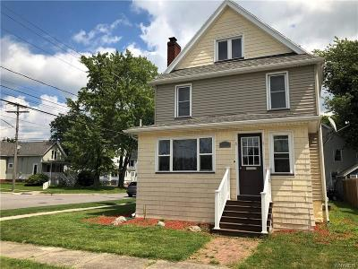Genesee County Single Family Home For Sale: 1 Seneca Avenue