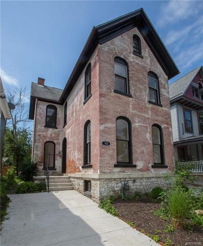 Erie County Single Family Home For Sale: 152 Fargo Avenue