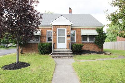 Depew Single Family Home For Sale: 4556 Broadway
