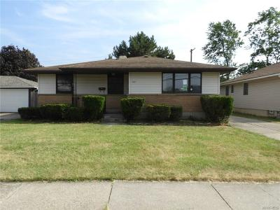 Cheektowaga Single Family Home For Sale: 201 Crandon Boulevard