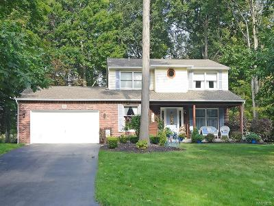 Orchard Park Single Family Home For Sale: 85 Old Orchard Lane