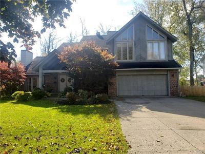 Buffalo Single Family Home For Sale: 26 Dauphin Drive