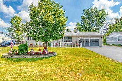North Tonawanda Single Family Home For Sale: 7201 Norman Road