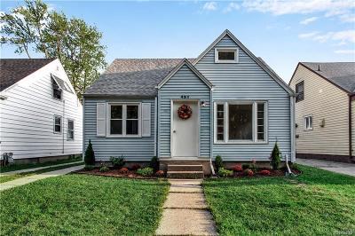 Buffalo Single Family Home For Sale: 431 Zimmerman Boulevard