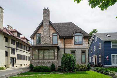 Buffalo Single Family Home For Sale: 761 Lafayette Avenue