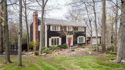 Orchard Park Single Family Home For Sale: 57 Fox Meadow Lane