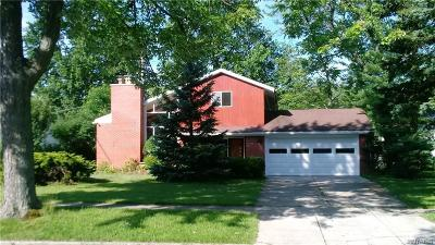 Erie County Single Family Home For Sale: 200 Briarhurst Road