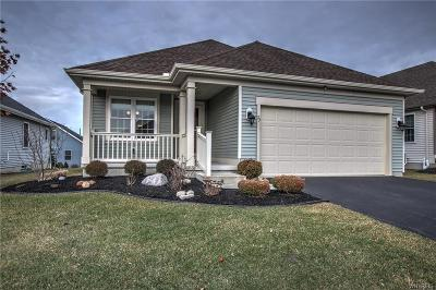 Erie County Single Family Home For Sale: 73 Blossom Wood Lane