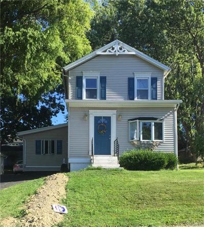 Chautauqua County Single Family Home For Sale: 31 Monroe Street