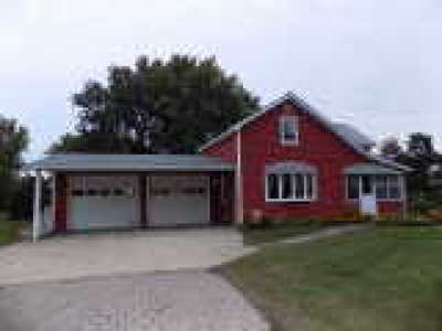 Niagara County Single Family Home For Sale: 4009 Lower Mountain Road