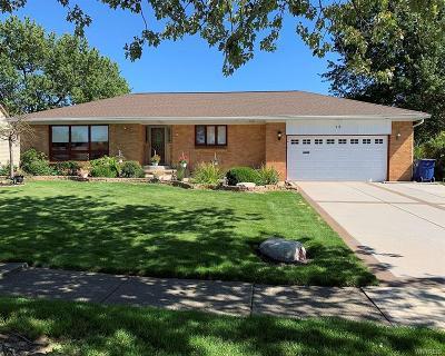 Buffalo Single Family Home For Sale: 15 Harvard Court