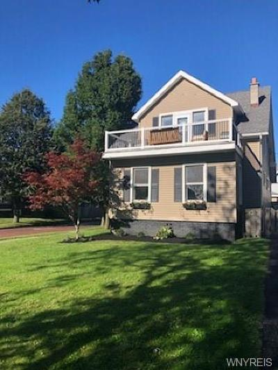 Buffalo Single Family Home For Sale: 639 McKinley Parkway