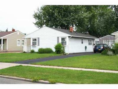 Tonawanda-Town NY Single Family Home S-Closed/Rented: $76,000