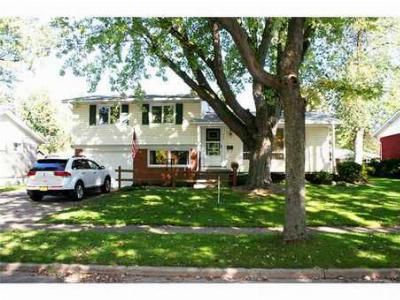 North Tonawanda NY Single Family Home S-Closed/Rented: $133,000