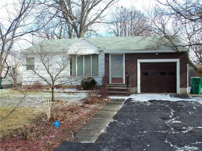 Single Family Home Sold: 446 Norran Drive