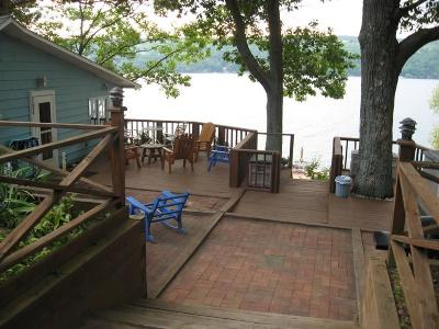 Single Family Home A-Active: 11915 East Lake Road