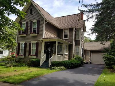 Single Family Home A-Active: 35 Woodlawn Avenue