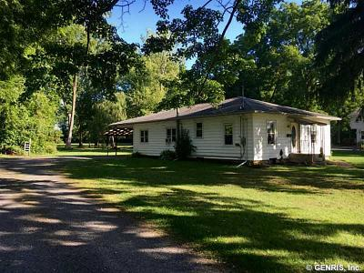 Waterloo NY Single Family Home Sale Pending: $115,000