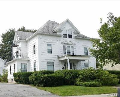 Multi Family 5+ A-Active: 117 Bank Street