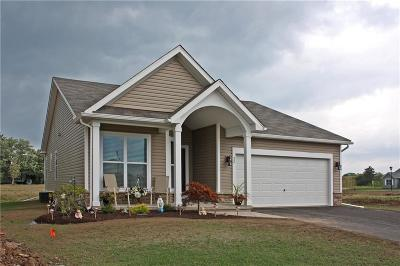Monroe County Single Family Home A-Active: 108 Falkirk Place