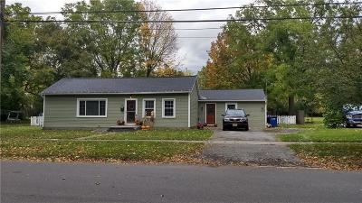 Single Family Home A-Active: 28 Chapel Street