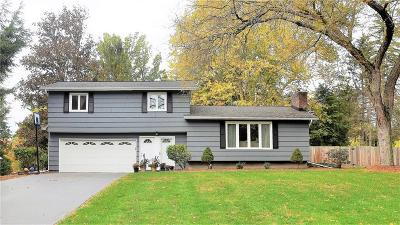 Penfield Single Family Home A-Active: 3 Dogwood Gln