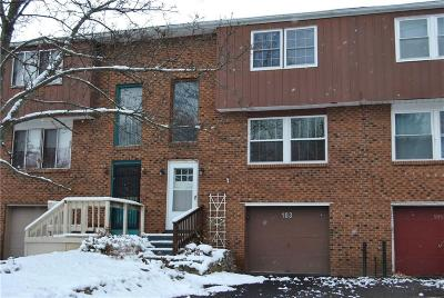 Farmington Condo/Townhouse A-Active: 103 Carriage Court